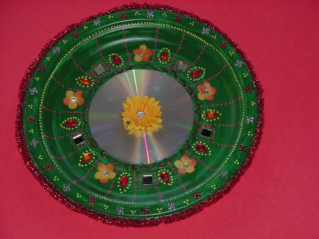 Pictures of aarti thali decorations joy studio design for Aarti thali decoration ideas for ganpati
